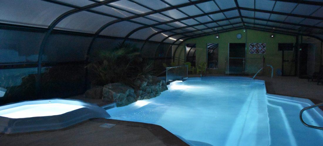 piscine en nocturne